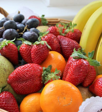 products_4372437-fruit-basket-still-life-healthy.jpg
